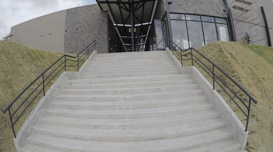centro-comercial-el-cafetal-3