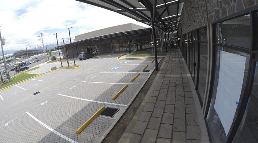 centro-comercial-el-cafetal-6
